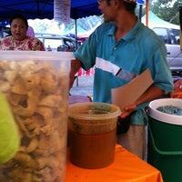 Photo taken at Bazaar Ramadhan Seksyen 7 by Tengku F. on 8/20/2011