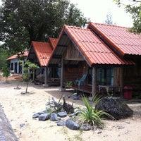 Photo taken at ลังกาบีช รีสอร์ท by worapol n. on 8/13/2011