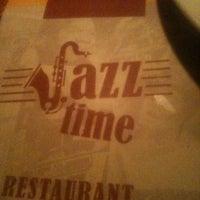 Photo taken at Jazz Time by Rafael M. on 6/6/2012