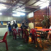 Photo taken at Satay Ismail by Chadkro M. on 11/12/2011