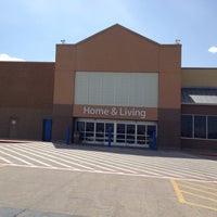 Photo taken at Walmart Supercenter by Dat L. on 8/17/2012