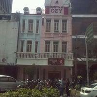 Photo taken at Kopi Oey by Yus@ P. on 1/20/2012