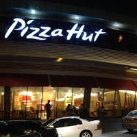 Photo taken at Pizza Hut by Marlina M. on 7/1/2012