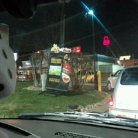 Photo taken at Taco Bell by David V. on 12/10/2011