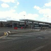 Foto tirada no(a) Terminal Bus Anagnina por Antonello M. em 7/20/2011