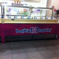 Photo taken at Baskin Robbins by Susan on 7/7/2012