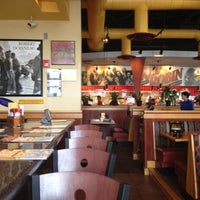 Photo taken at Red Robin Gourmet Burgers by Karen H. on 8/19/2012