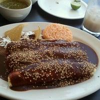 Photo taken at Pozole y Tacos Regios by David on 6/17/2012