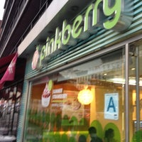 Photo taken at Pinkberry by Karl S. on 6/22/2012