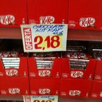 Photo taken at Supermercado Mundial by Elvio C. on 4/28/2012