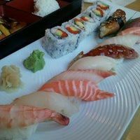 Photo taken at Momo Sushi & Cafe by Annya E. on 5/30/2011