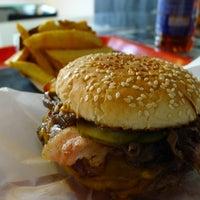 Photo taken at Black Cab Burger by Szecsa on 11/23/2011