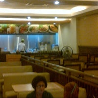 Photo taken at Es Teler 77 by muhammad a. on 8/15/2012