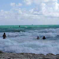 Photo taken at 2nd Street Beach by Gaetano E. on 3/11/2012