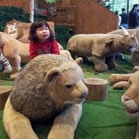 Photo taken at 테지움 TESEUM / Teddy Bear Safari by Seonkon S. on 4/21/2012