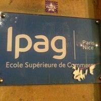 Das Foto wurde bei IPAG Business School von Camille L. am 12/19/2011 aufgenommen