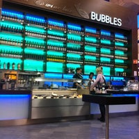 Photo taken at Bubbles Seafood & Wine Bar by Jeroen P. on 9/23/2011