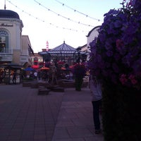 Photo taken at Bridgeport Village by Ezra N. on 8/28/2011