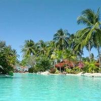 Photo taken at Meritus Pelangi Beach Resort & Spa Langkawi by Juha-Pekka S. on 1/6/2012