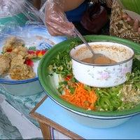 Photo taken at Pecel Mbok Djo by Hadi P. on 12/1/2011