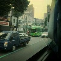 Photo taken at 연신내역 중앙버스정류장 (12-017) by Yiseul B. on 6/8/2012