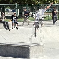 Photo taken at Sunnyvale Skate Park by Travis M. on 6/25/2011