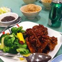 Photo taken at Yuan Fu Vegetarian by Jason H. on 3/18/2012