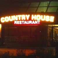 Photo taken at Country House by Ru S. on 8/6/2011