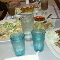 Photo taken at Gateway Diner by ウィー さ. on 12/10/2011