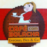 Photo taken at Café Com Bolacha by Desativado .. on 8/22/2011