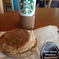 Photo taken at Starbucks by Jose Luis L. on 4/29/2012