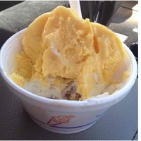 Photo taken at Mark's Homemade Ice Cream by Stephanie A. on 5/25/2012