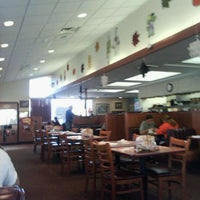 Photo taken at Denny's by Roque G. on 10/22/2011