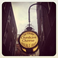 Photo taken at Ye Olde Cheshire Cheese by Richard C. on 4/21/2012