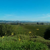 Photo taken at Gloria Ferrer Caves & Vineyards by Tom A. on 10/22/2011