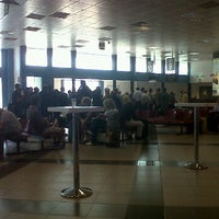 Photo taken at Volo CT5007 Palermo Linate by Maria Chiara M. on 9/22/2011
