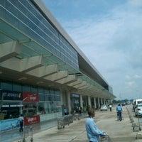Photo taken at Lal Bahadur Shastri International Airport, Varanasi (VNS) by Vikram P. on 9/7/2012
