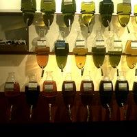 Photo taken at Oil & Vinegar by Lotte V. on 8/31/2012