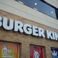 Photo taken at Burger King by Ricardo O. on 11/21/2011
