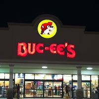 Photo taken at Buc-ee's by Jesse V. on 8/25/2011