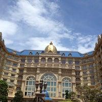 Photo taken at Tokyo Disneyland Hotel by monmuu on 7/15/2012