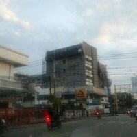 Photo taken at Jalan Abul Hasan by Faisal on 11/2/2011