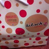 Photo taken at Kitsch cupcakes by Fa6amylicious on 5/12/2012