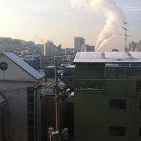 Photo taken at 황해빌딩 by Jongtak L. on 1/24/2011