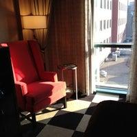 Photo taken at Kimpton Onyx Hotel by Scott N. on 8/16/2012