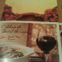 Photo taken at Olive Garden by Albert B. on 12/12/2011