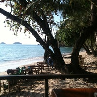 Photo taken at Siam Beach Resort Koh Chang by Summie.pear A. on 10/30/2011