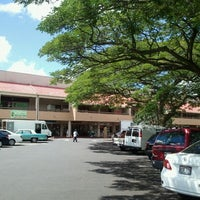 Photo taken at Manoa Marketplace by Poohko H. on 9/27/2011
