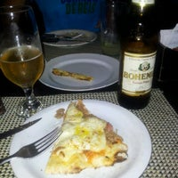 Photo taken at Pizza à Bessa by Seiti B. on 1/29/2012