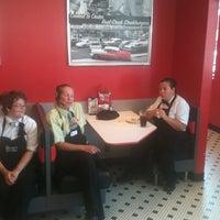 Photo taken at Steak 'n Shake by Bart V. on 7/26/2011